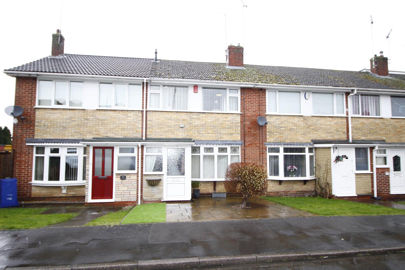 3 Bedrooms Terraced House for sale in Hornbrook Close, Burton-On-Trent